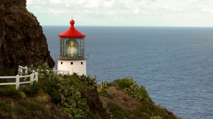makapuu-point-lighthouse-hawaii
